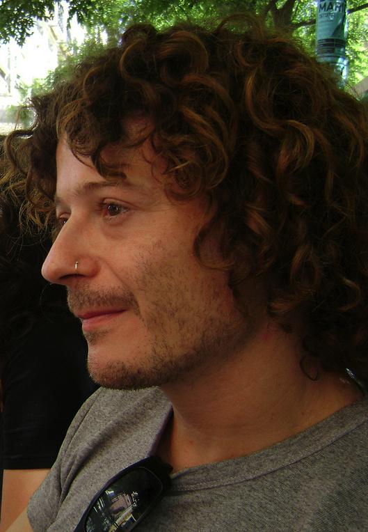 Director's biography: Xavi Sala