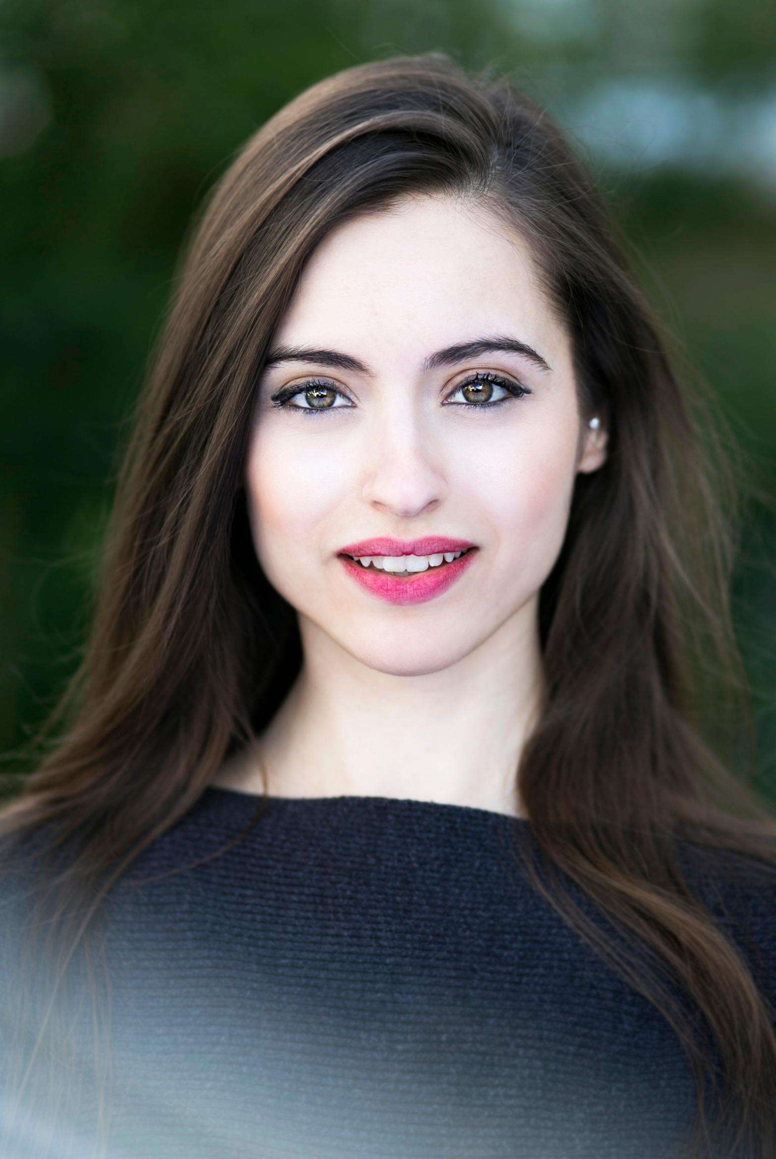 Director's biography: Victoria Malinjod